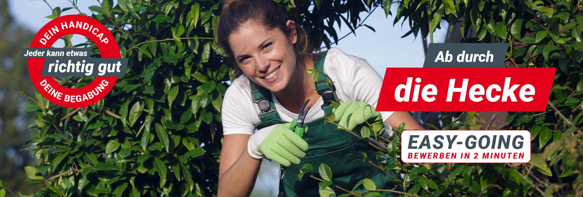 Junge Dame in der Gartenpflege. FDS sucht Garten- & Landschaftsbauer (m/w/d) in Flensburg